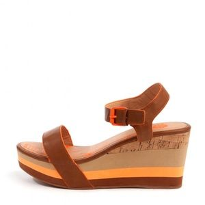 Yellow Box tan coreen neon wedge sandals